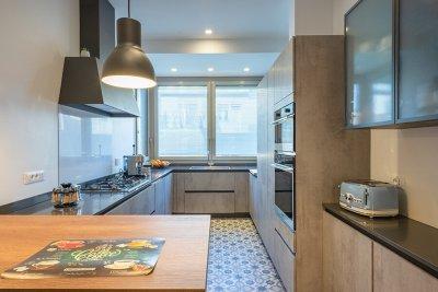 cucina con porta scorrevole 3