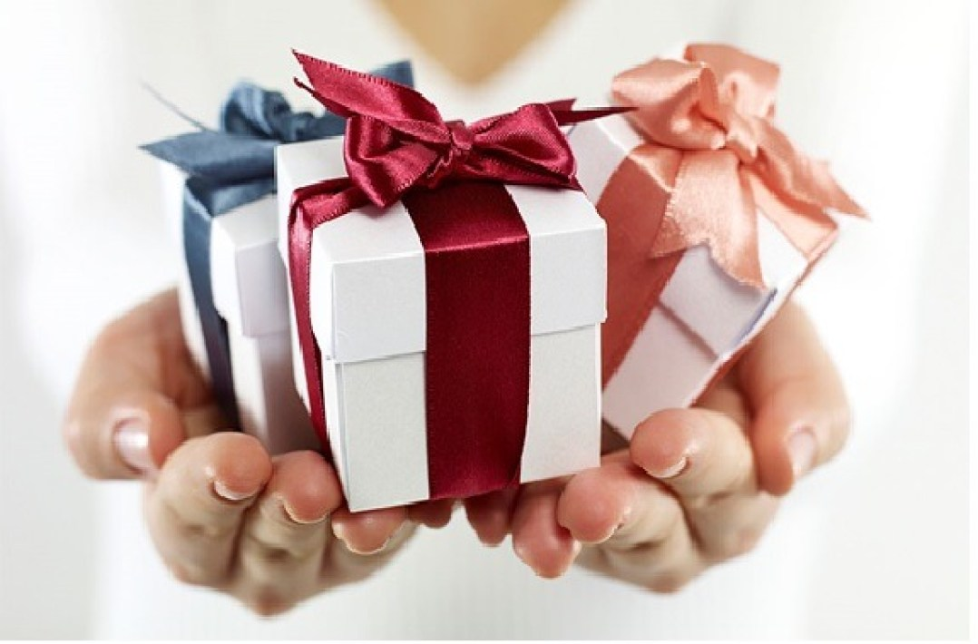 Best Gifts To Buy For Your Employees