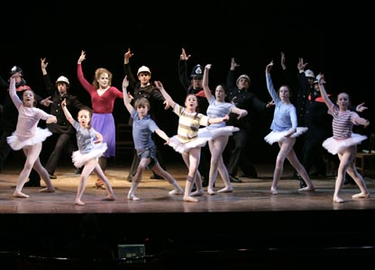 Billy Elliot cast (photo: David Scheinmann)