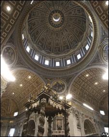 Interior da Basilica de S. Pedro, no Vaticano (arquivo)