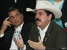Manuel Zelaya en El Salvador