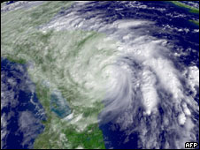 Imagen satelital del huracán Ida