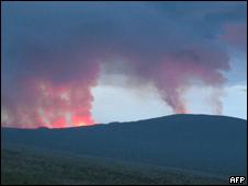 Fumarola del volcán del Monte Nyamulagira, RD Congo
