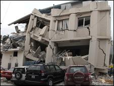 Edificio dañado en Haití