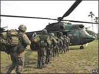 Equador e Venezuela enviam soldados para a fronteira com a Colômbia