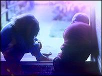 கத்தோலிக்கத் திருச்சபையில் சிறார் பாலியல் துஷ்பிரயோகக் குற்றச்சாட்டுகள் அதிகரித்துவருகின்றன.