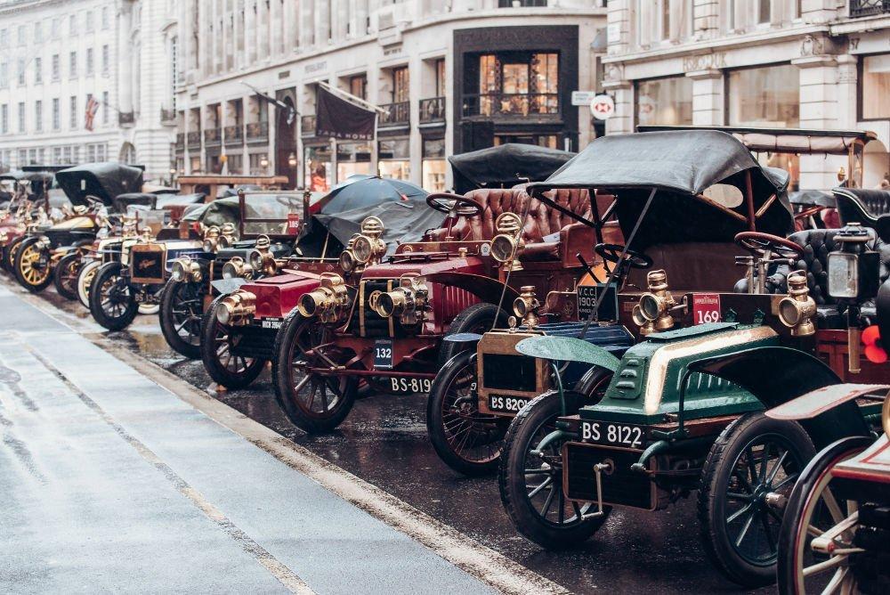 Illinois Route 66 Regent Street Motor Show vintage cars