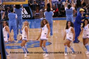 Cheerleader UCLA