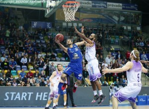 FRAPORT SKYLINERS vs BG Göttingen - Philip Scrubb