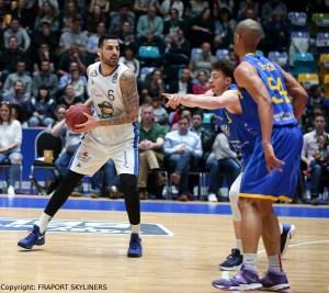 FRAPORT SKYLINERS vs Basketball Löwen Braunschweig - Mahir Agva