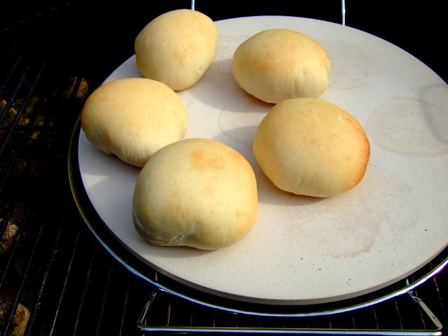 Broodje warm vlees - brood bakken