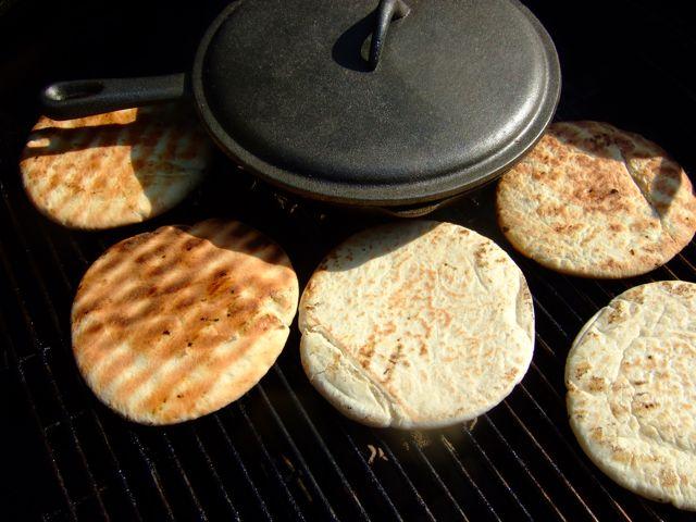 BBQ gyros - de pita's