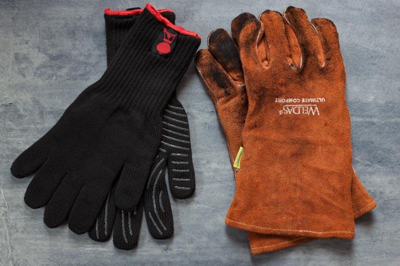 onmisbare BBQ accessoires - handschoenen