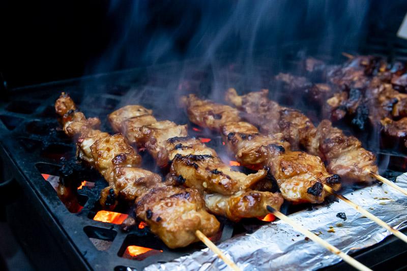 Buikspek saté van de BBQ.