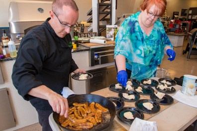 BBQ Concepts - Mardi Gras Themed Grilling Class Grilled Bananas Foster