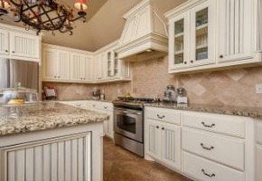 The Benefits of Using Granite Counters in Your Outdoor Kitchen