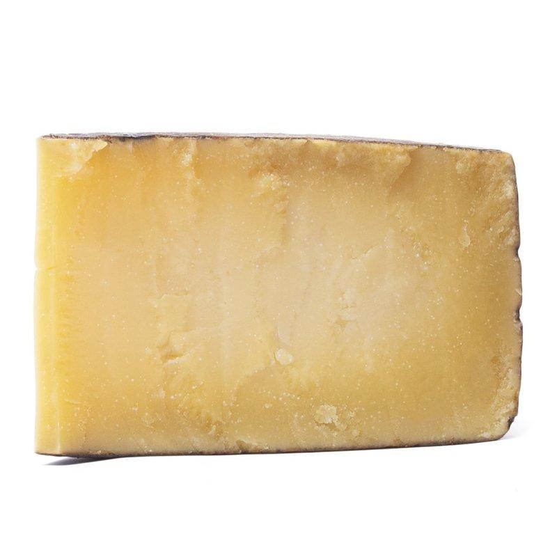 Fetta di formaggio stagionato Valtrompia DOP