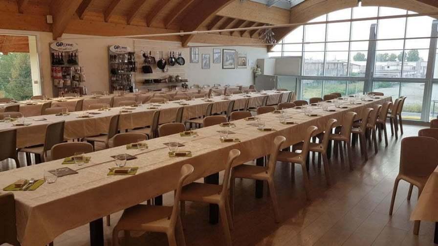 Sala degustazione enoteca ottagono in provincia di Brescia