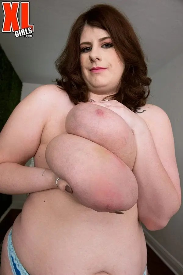 veronica bow BBW tits