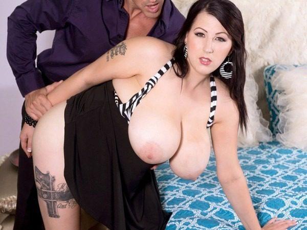 bbw pornstar Kamille Amora busty so hot