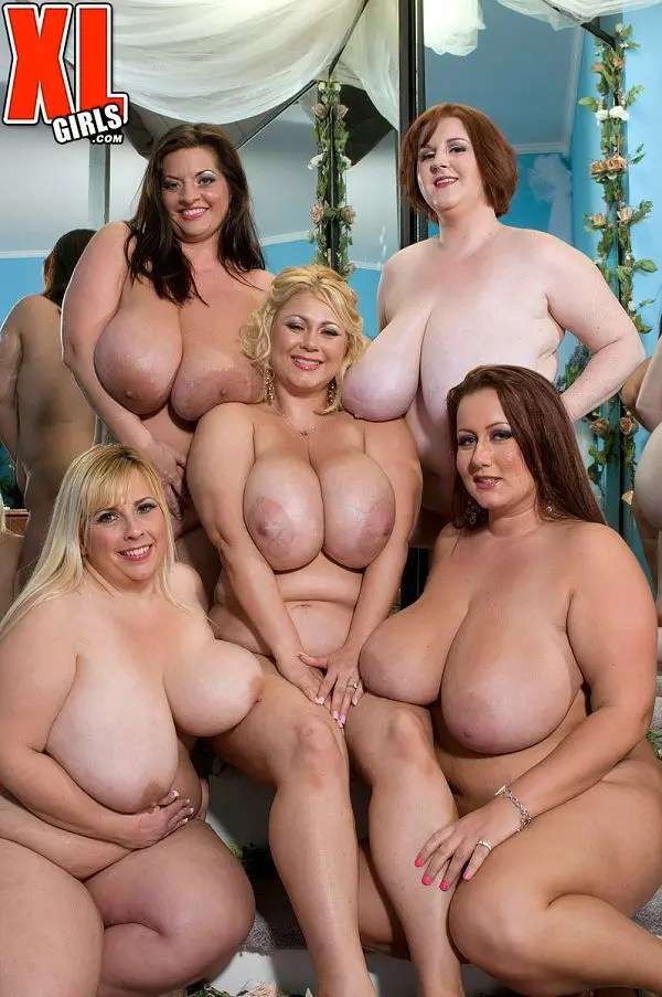 naked fat girls party