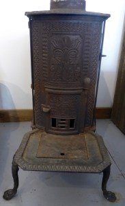 front view - stove that could be dismantled for transport