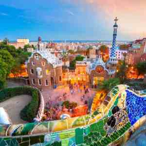 Sagrada Familia and Park Guell - Guided Group Tour