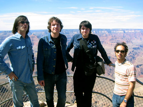 bjm_and_the_lovetones_usa_tour_may_2003