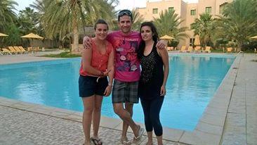 Miriam de A donde quiera que vaya, , Ruben de Ruben y el Mundo y Cristina de Travel To Happiness, en el blogtrip Túnez con Sunweb.