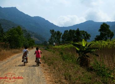 Como viajar por el Sureste Asiático en Moto y no morir en el intento