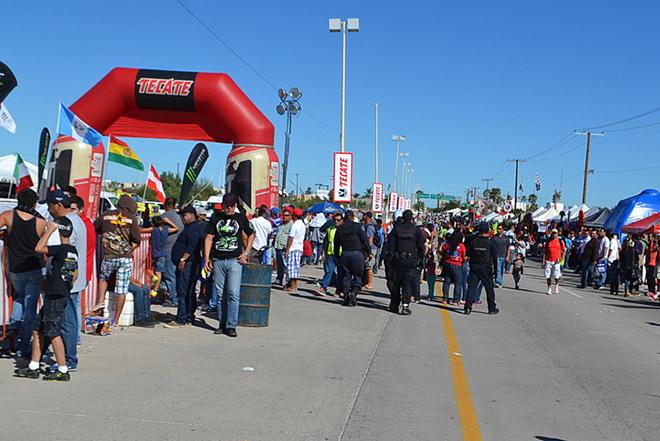 Baja 1000 2014 gente