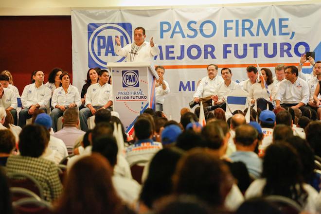 Carlos Mendoza senadores PAN 2