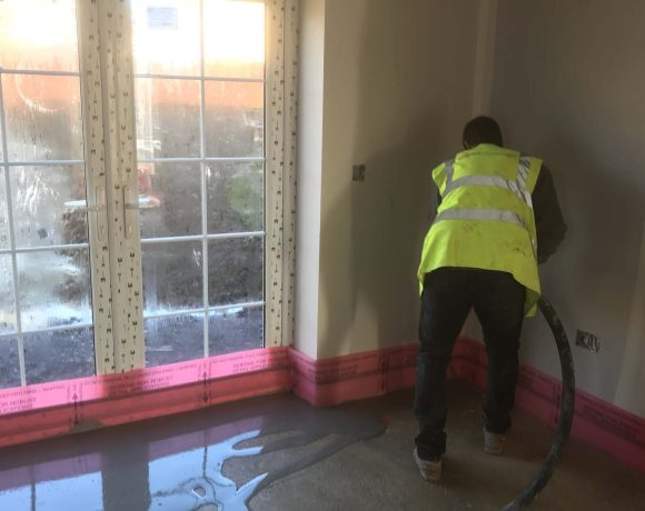 Experienced rendering contractor M P Plastering of Somerset excels with the use of high performance, technically advanced products manufactured by Saint-Gobain Weber