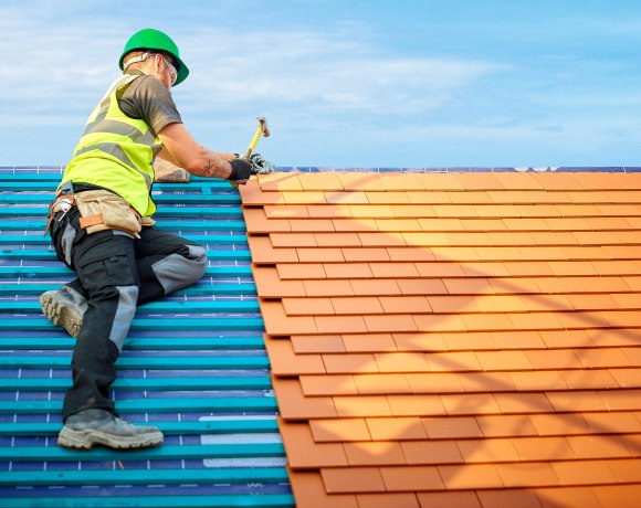A nationwide research survey of roofers revealed that 'weeding out' rogue roofers is the most pressing issue for those working in the roofing trade.