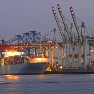 Derecho marítimo y portuario
