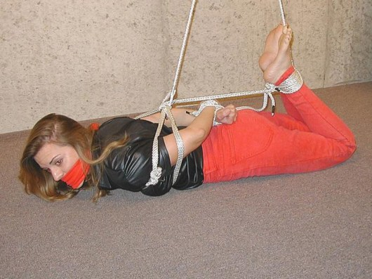 Kinky Amateur Housewife Gagged and Hogtied in Basement for Punishment