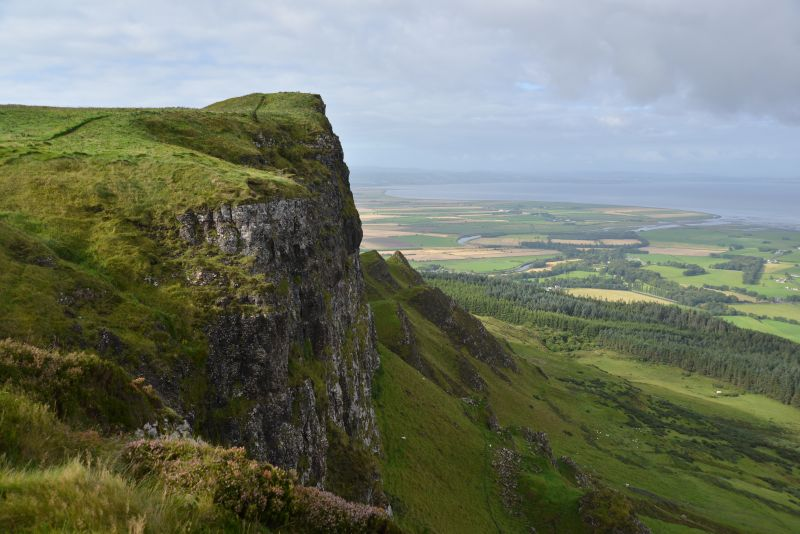 game-of-thrones_nordirland-binevenagh-a107 510 3519-filming-location-drehort