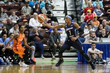 Atlanta Dream guard Brittney Sykes (7) intercepts a Connecticut Sun pass.