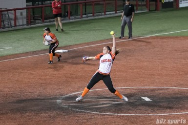 Chicago Bandits pitcher Haylie Wagner (17)