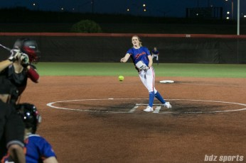 Chicago Bandits pitcher Ellen Roberts (9)