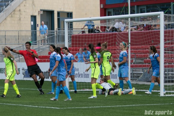 NWSL Chicago Red Stars vs Seattle Reign FC - June 4, 2017