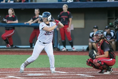 USSSA Pride outfielder Megan Wiggins (25) takes her turn at bat.