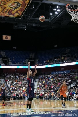 Washington Mystics forward Elena Delle Donne (11) takes a free throw.