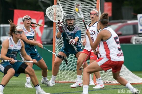 Philadelphia Force goalie Zoe Ochoa (16) prepares to stop the ball.