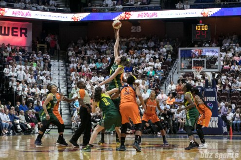 Seattle Storm forward Breanna Stewart (30) get her fingertips on the ball during the opening tip.