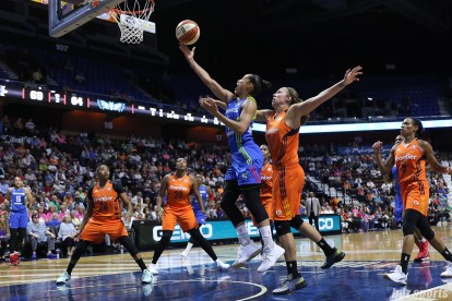 Dallas Wings guard Skylar Diggins-Smith (4) goes for the finger roll