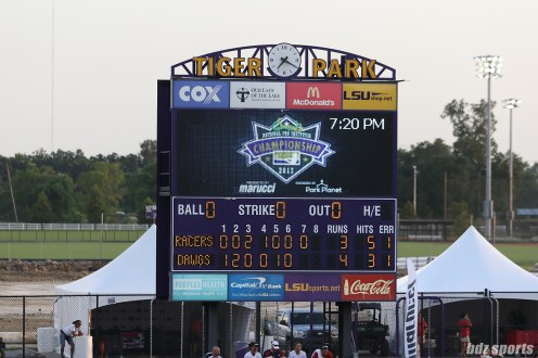 Final score for Scrap Yard Dawgs vs Akron Racers: Dawgs - 4, Racers - 3