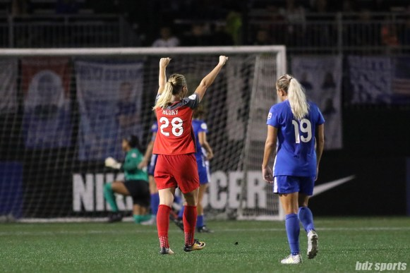 Portland Thorns FC midfielder Amandine Henry (28) celebrates teammate Christine Sinclair's (not pictured) goal in the 72nd minute of the game