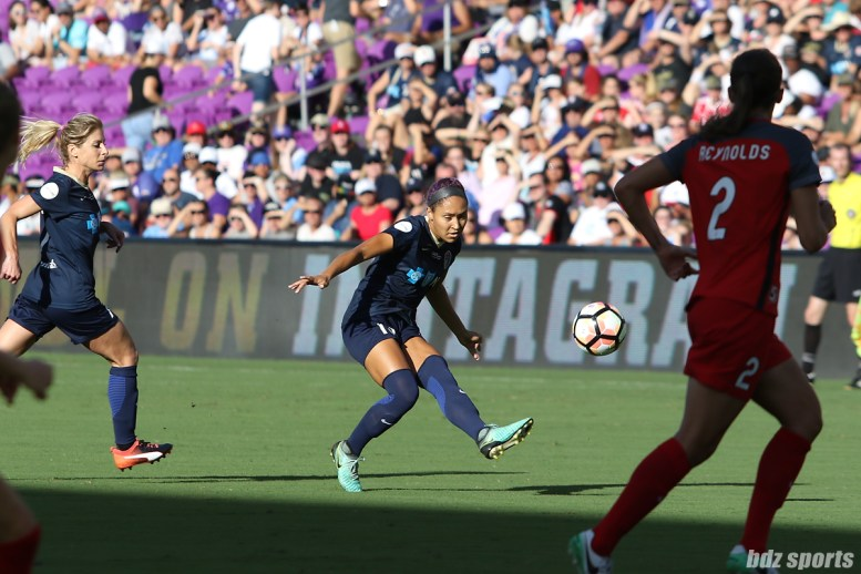 North Carolina Courage defender Jaelene Hinkle (15) sends the ball into the box