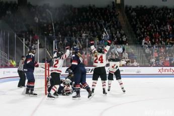 Team Canada celebrates forward Natalie Spooner's (24) goal, Canada's third goal of the game